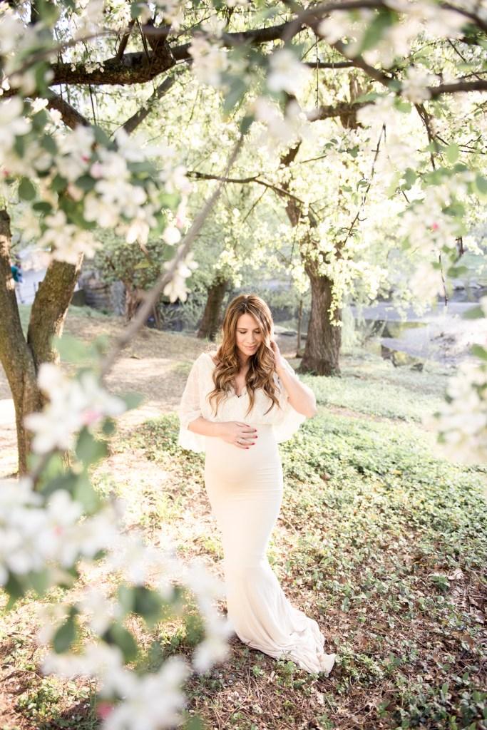 New York City Maternity Shoot, NYC Maternity Photographer, Central Park Pregnancy Photo Shoot, The Babymoon Photographer, CLJ Photography