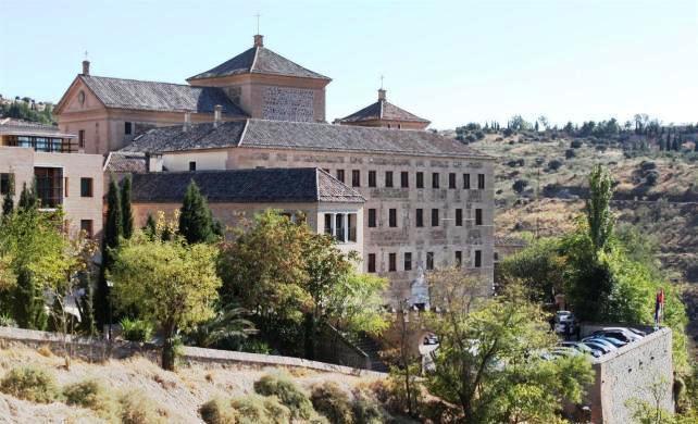 Edificio de las Cortes de Castilla-La Mancha en la ciudad de Toledo - Archivo