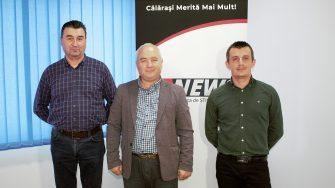Primarul comunei Dragalina, Marian Gabriel Stanciu, secretarul general Gabriel Popescu și viceprimarul Cosmin Iordăchescu FOTO Paul Alexe