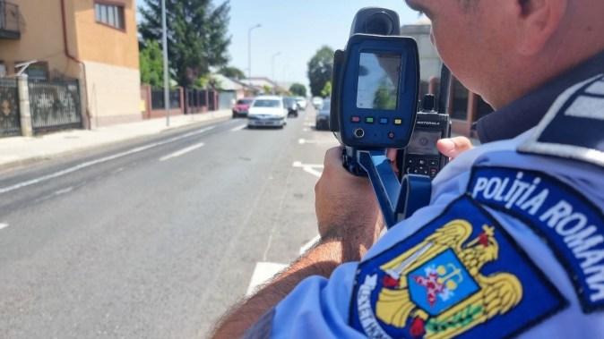 Zeci de șoferi amendați pentru că nu au respectat legislația rutieră. FOTO IPJ Călărași
