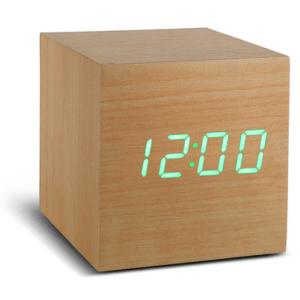 click-clock-cube-beukenhout-met-groene-led