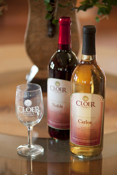 Two Cloer Family wines, image from Cloer Family Vineyards website. All rights belong to Cloer Family Vineyards.