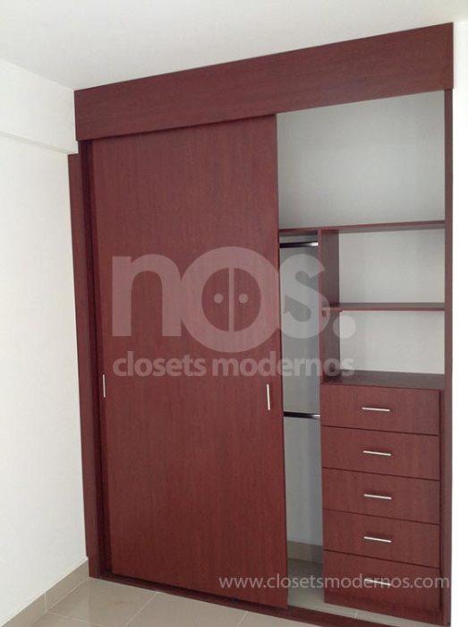 closet de madera corredizo 5