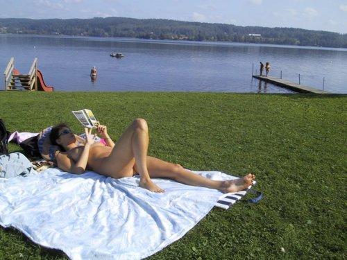 nude reading club