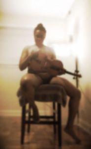 hontouniheart viola chair