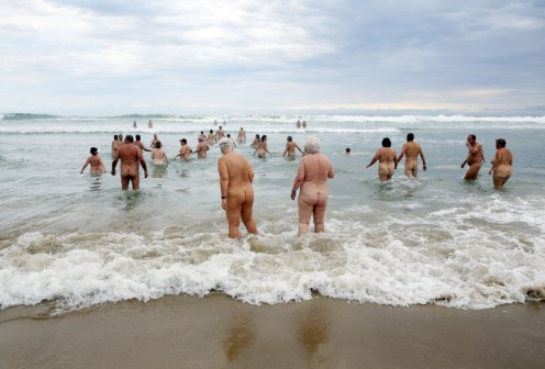 SAFRICA-NUDIST-MPENJATI -BEACH