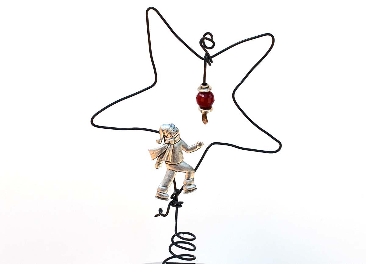 Make A Rustic Wire Star Tree Topper