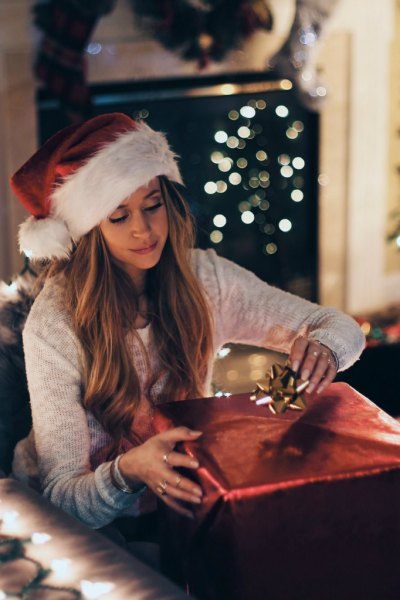 ways to create online holiday sales
