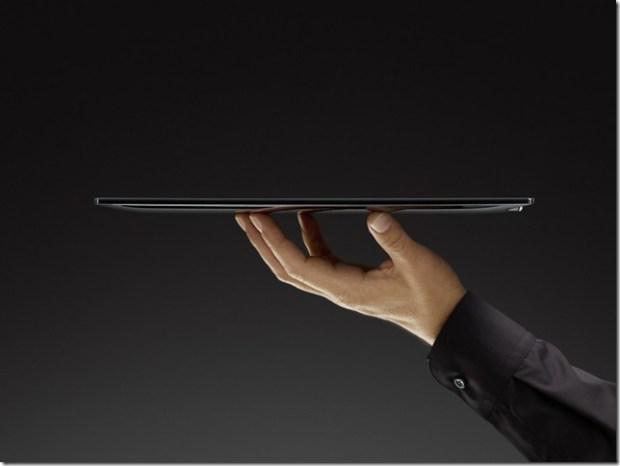 OVI_Tablet_Hand_dark_fpo1-1024x768