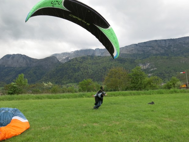 Nate Scales ground Handling in Annecy