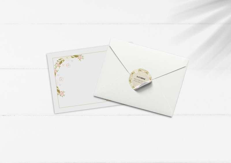 kuvert pakke med stickers beige blomster
