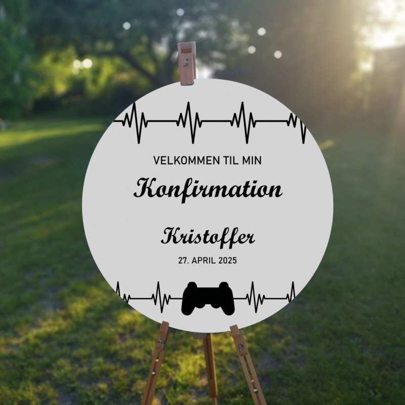 velkomstskilt. playstation. konfirmation. dreng. sort og hvid. gamer. playstation konsol.