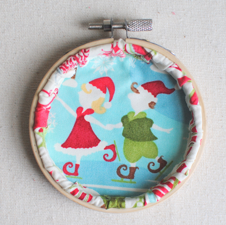 Embroidered-Hoop-Ornament-11