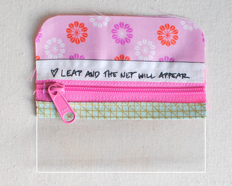 vinyl-first-aid-pouch-5