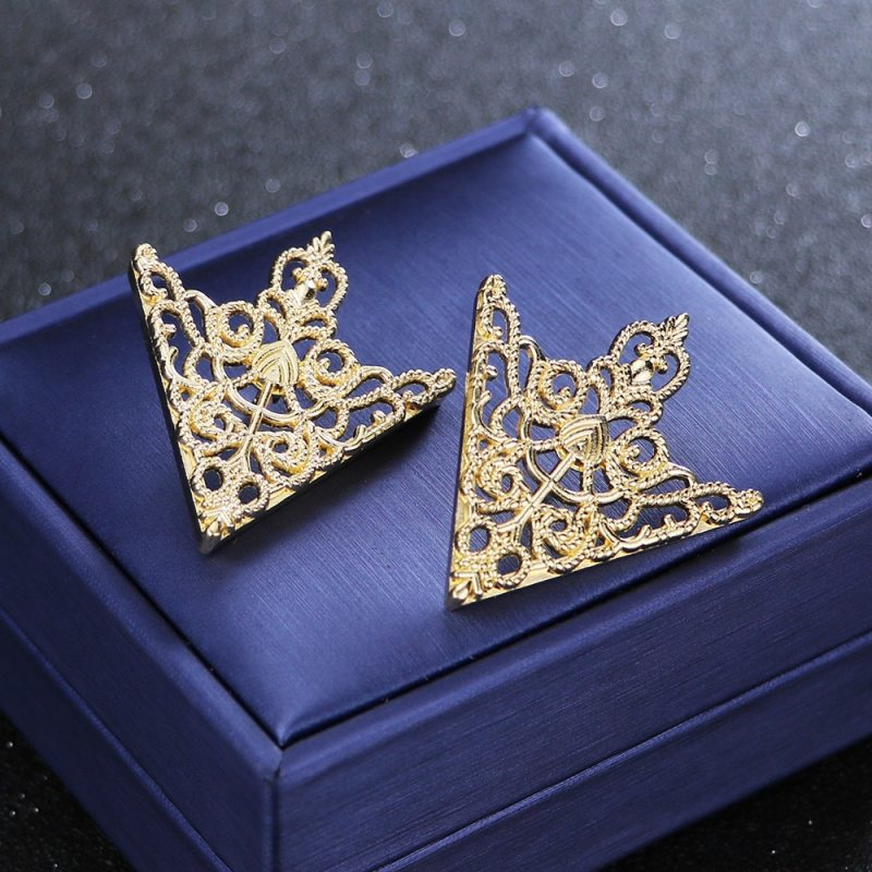 Vintage Fashion Triangle Shirt Collar Pin for Men and Women Hollowed Out Crown Brooch Corner Emblem Jewelry Accessories CLOVER JEWELLERY
