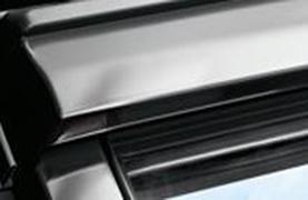 fereastra velux premium cu operare de jos gpu zinc