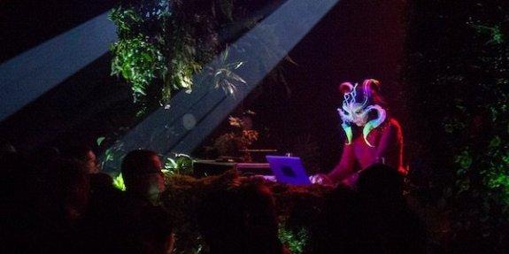 DJ set de Björk à MOntréal le 26/10/2016 (c) Björk Digital