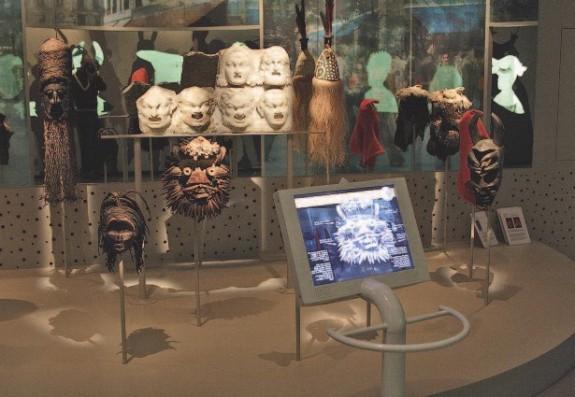 Source: http://www.club-innovation-culture.fr/jessica-fevres-de-bideran-la-realite-augmentee-au-musee-une-mediation-en-experimentation/