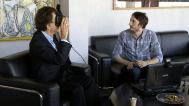 Jack Lang, Président de l'IMA, testant la visite virtuelle Oculus Rift (c) IMA
