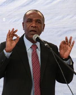 O povo angolano gosta de ver administrador municipais preso, disse Isaac dos Anjos