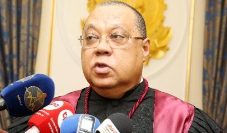 PGR afasta procurador envolvido em corrupção