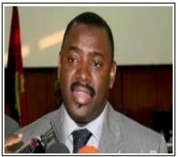 Declarações do antigo ministro angolano dos Transportes provoca reacções e cepticismo