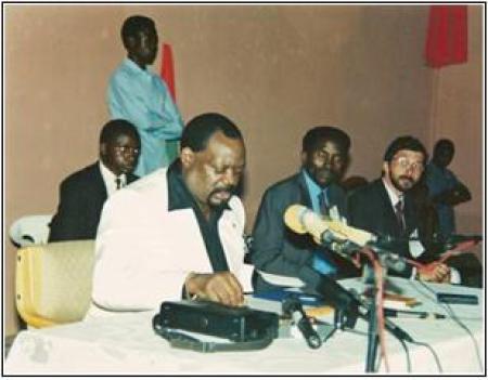 Lukamba Gato conta momentos em que foram convocados por Savimbi para reestruturar UNITA