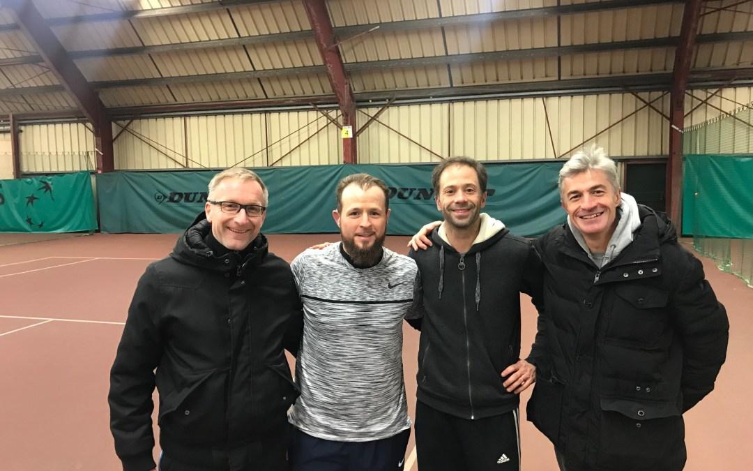 Le championnat  corpo de la section Tennis Colombes – Bravo aux joueurs !