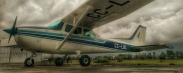 "Cessna 172: ""Skyhawk"""