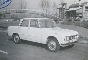 Alfa-Romeo-Giulia-03
