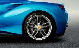 Ferrari 488 Spider 5