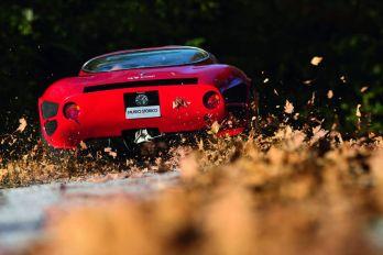 Alfa-Romeo-33-Stradale