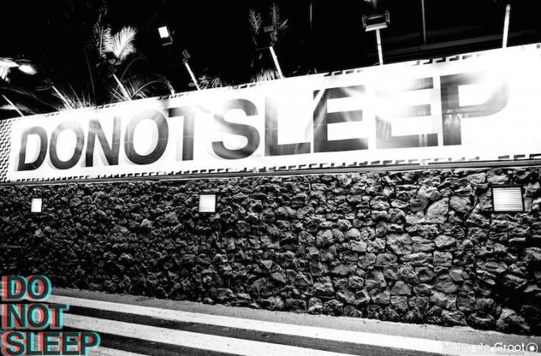 Do Not Sleep domaćin We Love Space Sundays žurki
