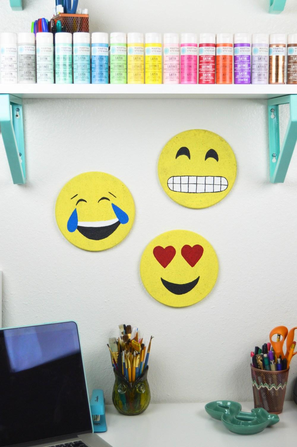 DIY Emoji Cork Boards | www.clubcrafted.com