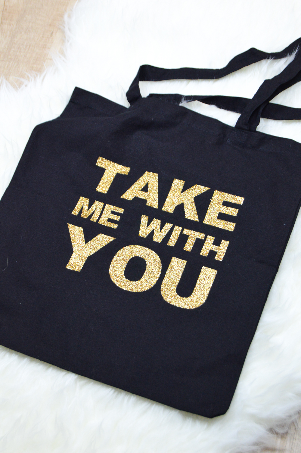 DIY Glittery Graphic Tote Bag   www.clubcrafted.com
