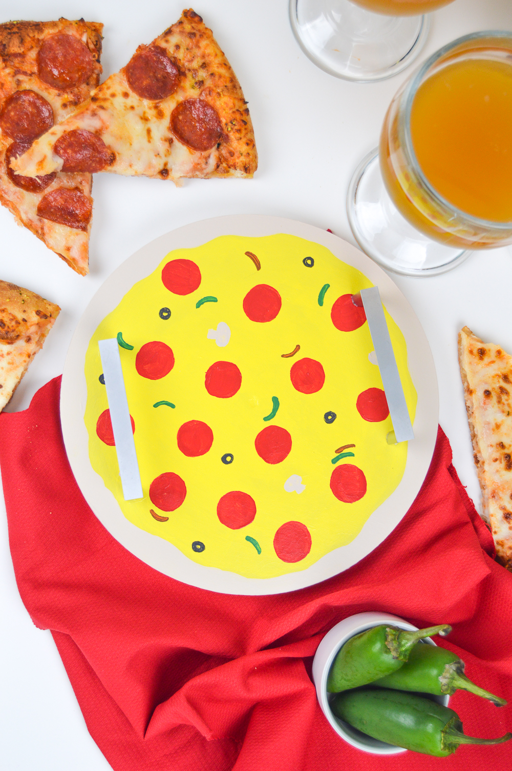 DIY Pizza Tray | Club Crafted