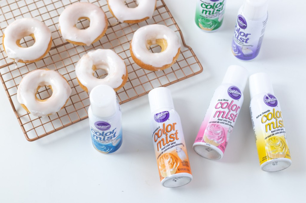 Easy Color Blocked Donuts | Club Crafted