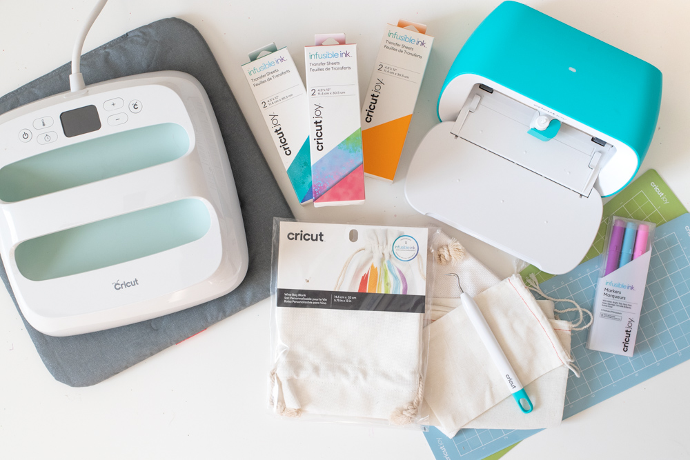 Cricut Joy supplies for making holiday gift packaging