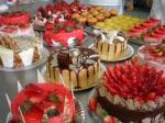 Confeitaria Odor que recorda o das frutas em compotas, plum cake, frutos secos e rebuçados
