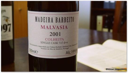 18h30-20h00 | Sala 3A | VINHOS BARBEITO - MALVASIAS, LOTES E VINHOS VELHOS (€35,00) A singularidade e a excelência dos vinhos da Madeira através de um dos seus produtores mais prestigiados. Prova conduzida por Ricardo Diogo Vasconcelos de Freitas, administrador e enólogo da Vinhos Barbeito. Vinhos em Prova: . Malvasia 20 anos - Lotes de 2001, 10292, 12089 e 14050 . Malvasia 30 anos . Malvasia 40 anos - Mãe Manuela . Malvasia 1954 (amostra de garrafão) . Malvasia 1875 (amostra de garrafão) . Malvasia 1880 (amostra de garrafão)
