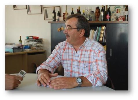 presidente, o Sr. Luís Santos