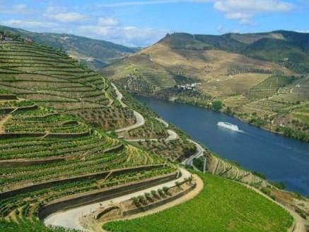 alto-douro-vinhateiro-patrimonio-mundial-2