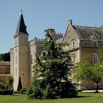Abadia de Liguge fundada por S Martinho 2