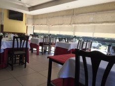 parte-da-sala-do-restaurante
