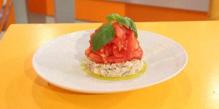 Tártaro de atum e tomate