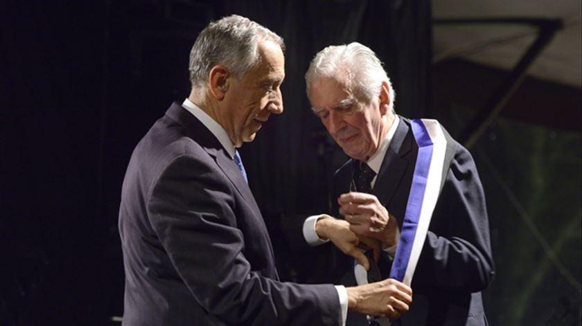 Fernando Guedes condecorado pelo Presidente da República com Gran Cruz da Ordem do Infante