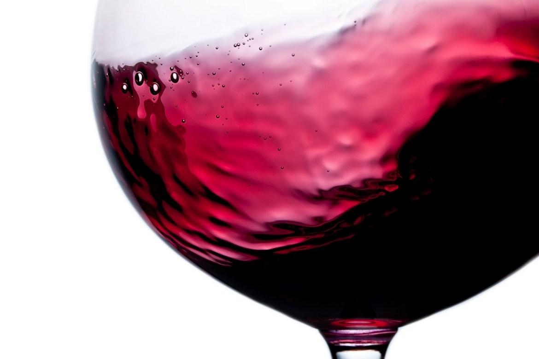 Wine-Swirl2