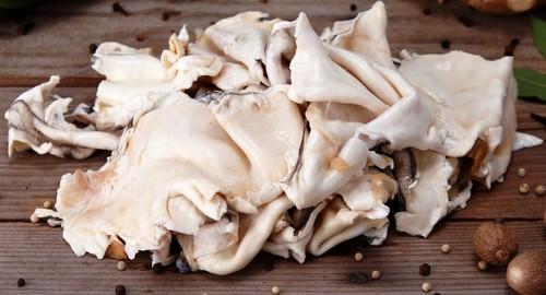 Samos de bacalhau entre o desperdício e gourmet