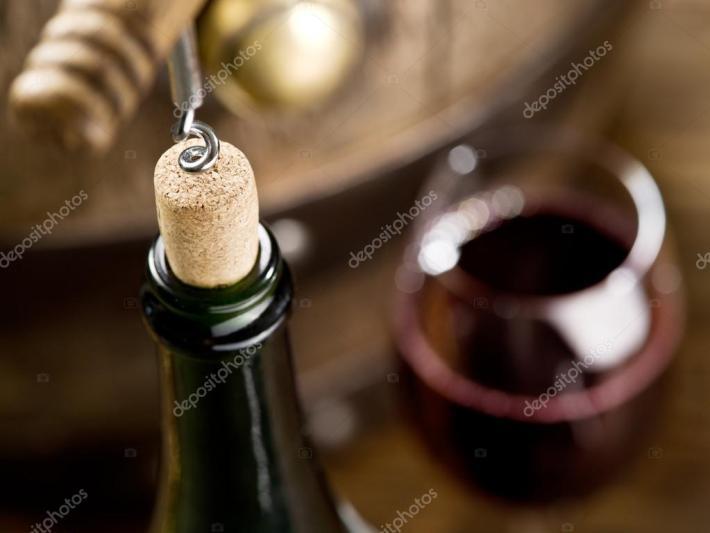 A importância do som duma rolha de cortiça ao abrir uma garrafa 4
