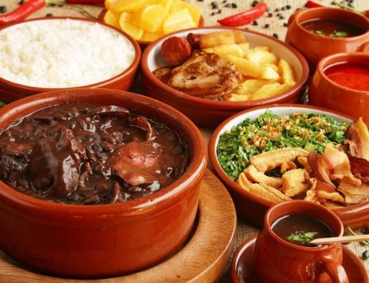 Sugestão para o seu Domingo com bons vinhos portugueses e cozinha brasileira